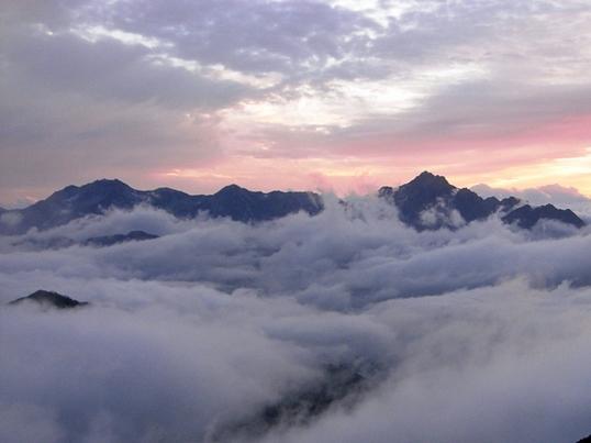07151583唐松頂上山荘から.JPG