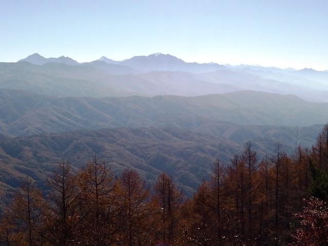 c703dcad8e 守屋山、ここが日本の山のセンター:夢のあと:So-netブログ